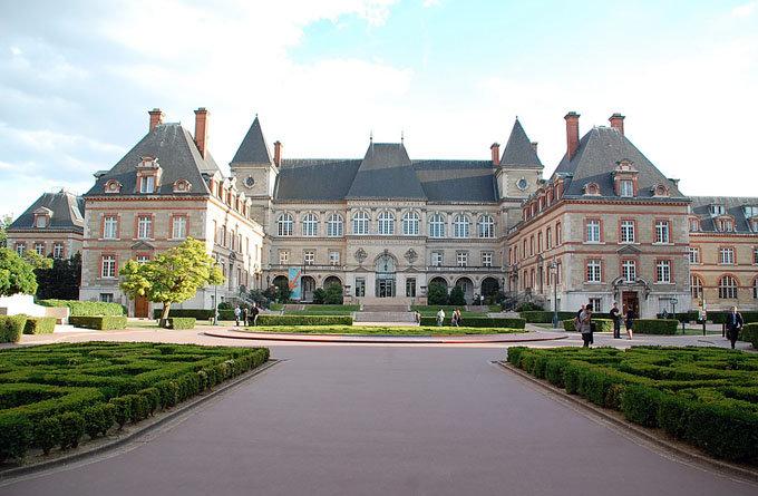 法国留学公立大学排名申请