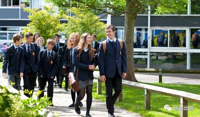 英国中学留学前、中、后期各项准备材料费用盘点!低龄精英留学指南