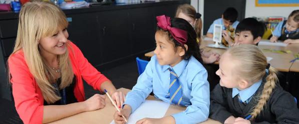 英国中学寄宿学校监护人转学情况