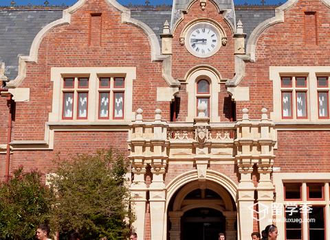 新西兰留学生活衣食住行需要准备多少钱